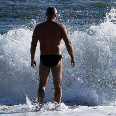 Названы десять популярных российских курортов для отдыха на море