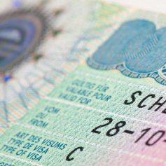 Стали известны новые правила выдачи шенгенских виз