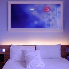 Знаете ли вы, почему в отелях используется постельное белье только белого цвета