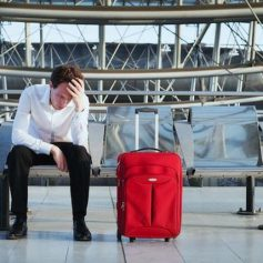 Что делать, если вы опоздали на рейс? Рекомендации экспертов