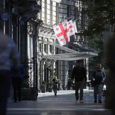 Доходы от туризма в Грузии упали на 13%