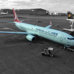 Турецкие авиакомпании продают билеты в Россию уже на майские даты