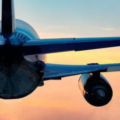 «Если начнете кашлять, вас снимут с рейса». Озвучены новые правила авиаперевозок