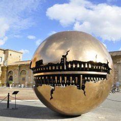 Греция и Италия вводят обязательный карантин для туристов на Рождество и Новый год