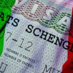 Италия поменяет туристические визы с истекшим сроком действия на новые