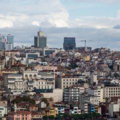 Посольство: Турция не собирается закрывать границы для иностранных туристов из-за коронавируса