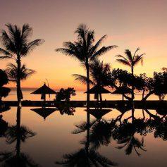 Остров Бали скоро откроет границы международным туристам, но, как выяснилось, не всем