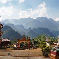 Новая скоростная железная дорога соединит Китай со столицей Лаоса